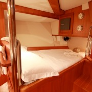 SY Pacific Wave Master Suite Double Bed to Starboard